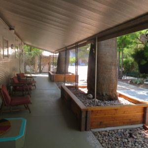 Dos porch